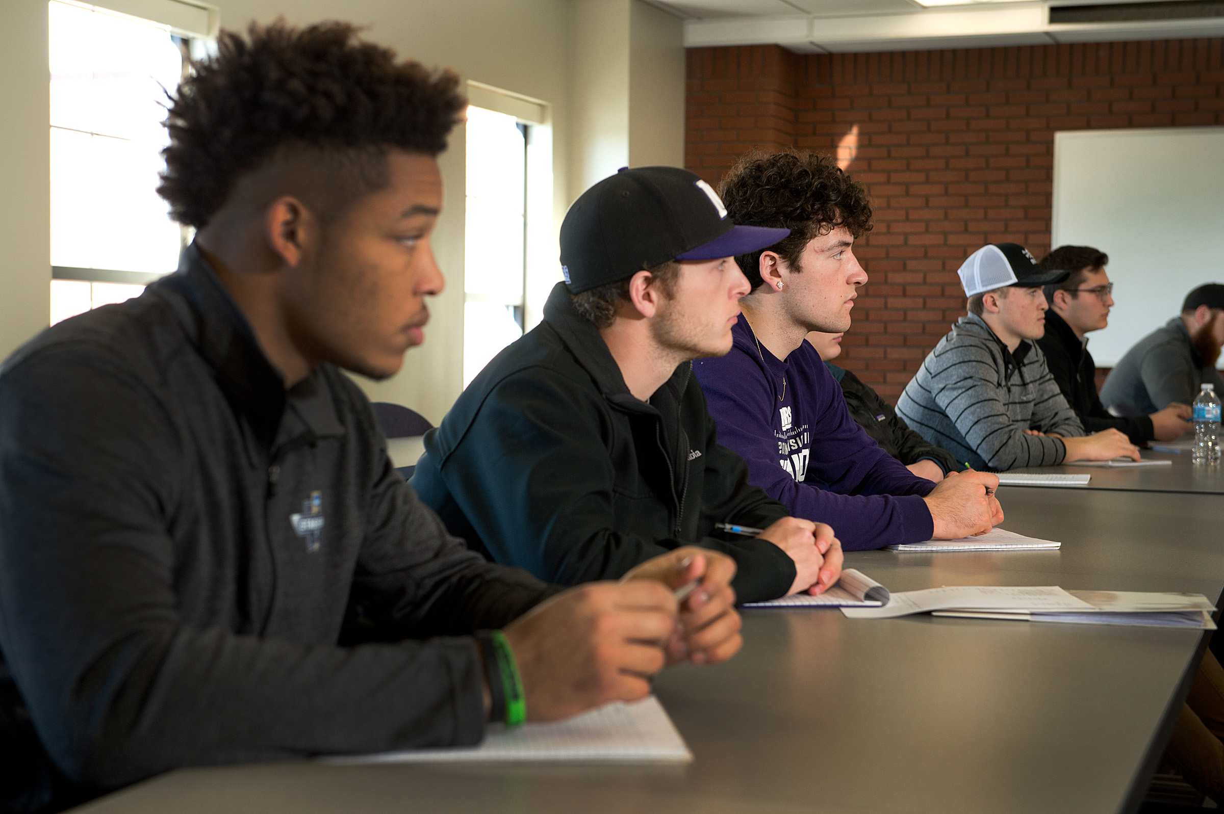 University of Mount Union students in classroom.
